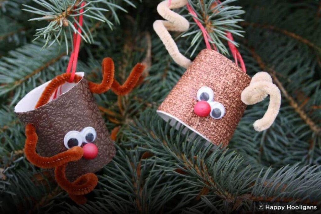 #Reindeer hanging Christmas crafts for kids Easy Christmas Craft Ideas for Kids