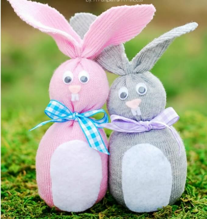 Old socks DIY bunny craft ideas DIY Bunny Craft Ideas & Video Tutorials