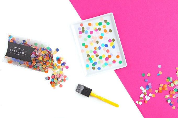 Colorful Dots DIY Serving Tray Ideas