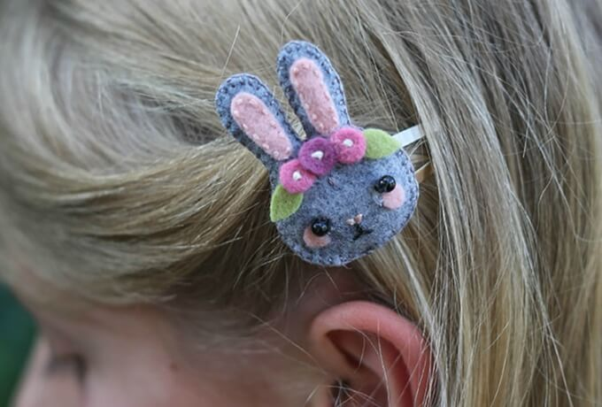 DIY bunny hair clips DIY Bunny Craft Ideas & Video Tutorials
