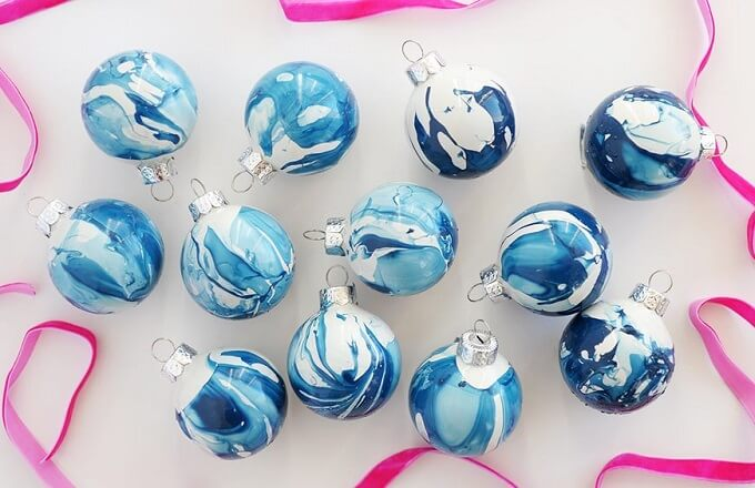 Marbled Homemade Christmas balls Unique DIY Homemade Christmas Ornaments