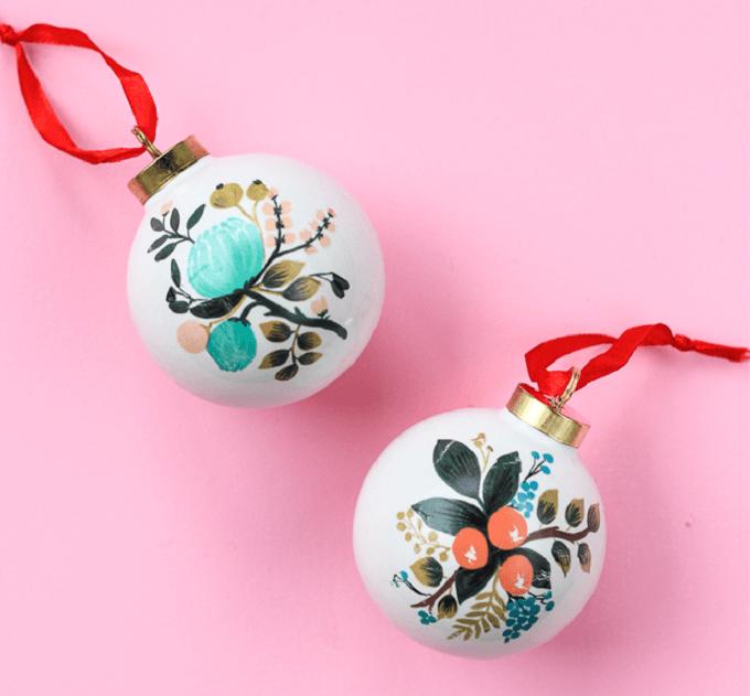 Homemade Christmas balls Unique DIY Homemade Christmas Ornaments