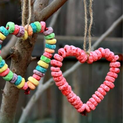 Fruit Loop Heart Bird Feeder - Heart Crafts for Kids - Preschool Valentine's Day Crafts