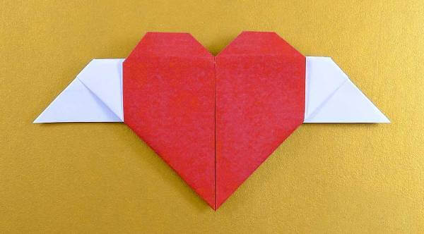 Easy Origami Paper Crafts For Kids (Step By Step Instructions) - Winged Heart