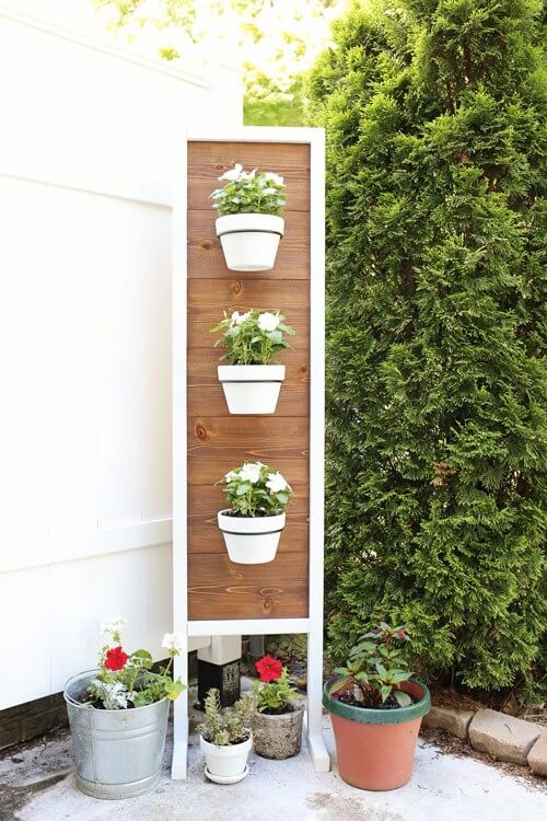 DIY Vertical plant stand