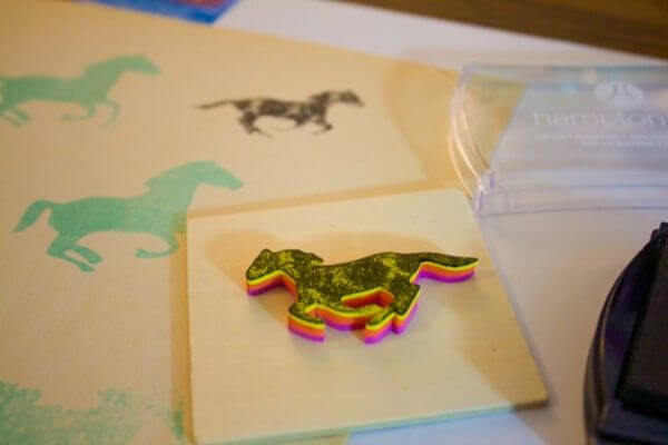 Classy Horse Stamp - Adorable Horse Craft Ideas to Have Fun with toddlers, preschool kids