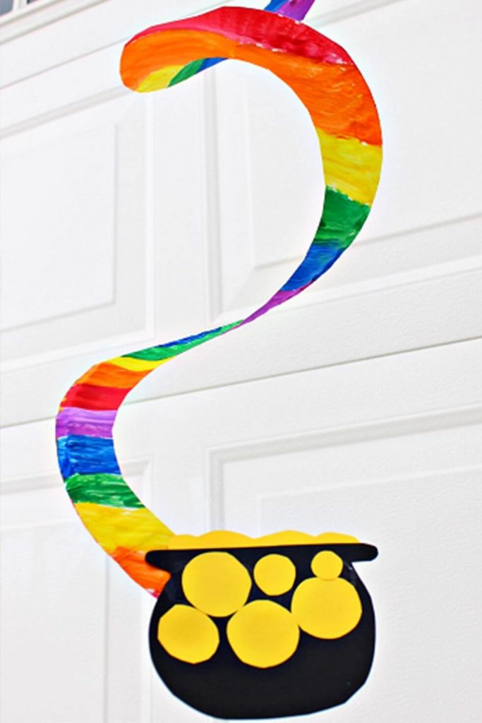 Beautiful Rainbow swirl - St. Patrick's Day Crafts for prechool kids