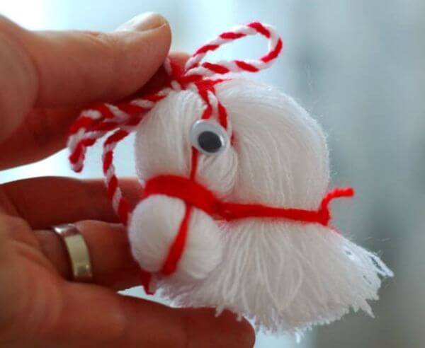 Horse Noggin With Thread - Adorable Horse Craft Ideas to Have Fun with toddlers, preschool kids