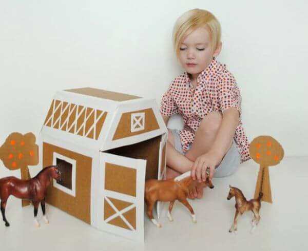 Horse Stable For Kids - Adorable Horse Craft Ideas to Have Fun with toddlers, preschool kids