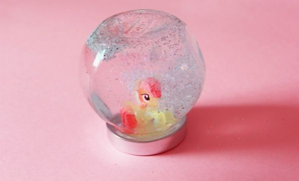 Pony And Glass Craft - Adorable Horse Craft Ideas to Have Fun with toddlers, preschool kids