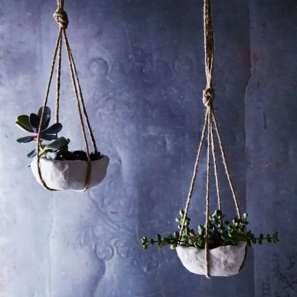 Clay Containers Hanging Planter Ideas for Indoor Home Decoration