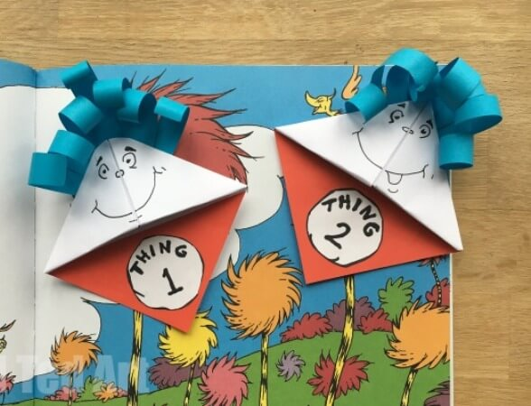 Simple Thing 1 and Thing 2 Bookmark DR SEUSS CRAFT Activities FOR KIDS