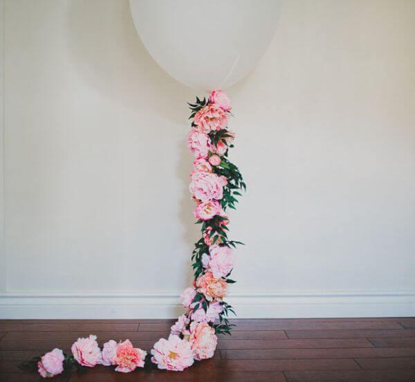 Balloon Decor - Unique Floral Wedding Decor Ideas for Indoor