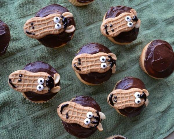 Adorable Animal Cupcakes for Children Party
