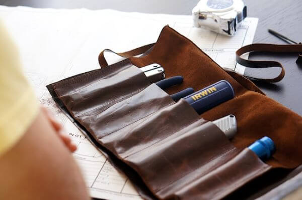 DIY Leather Tool Roll :