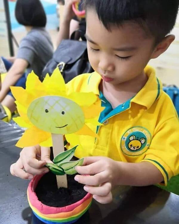 Beautiful sunflower school Craft