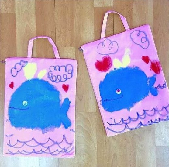 Cute paper bags with Crayons Easy craft ideas for kids to make at home