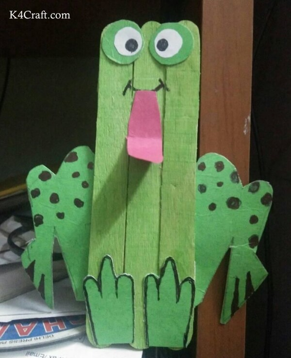 National Frog Month Craft Projects for Kids, toddlers, preschoolers - Ice Cream Sticks Frog Craft Ideas