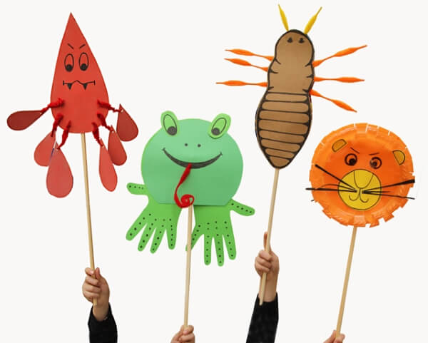 National Frog Month Craft Projects for Kids, toddlers, preschoolers - Hand Puppets Frog Craft Ideas
