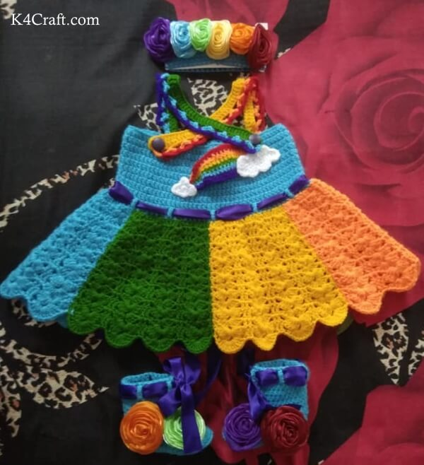 DIY Knitted Rainbow Dress For A Newborn: