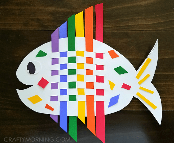 DIY Weaving Rainbow Fish-Rainbow Crafts & Activities