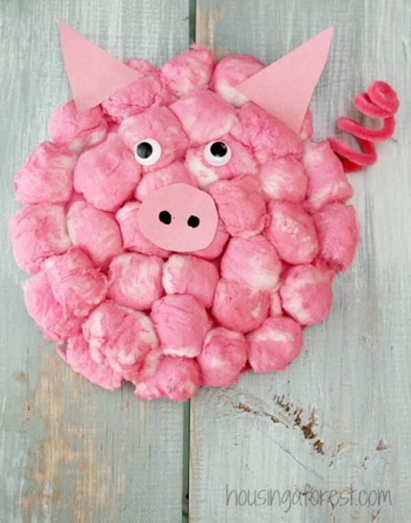 Sweet, Fluffy Pig Craft Idea with Recycled Cotton