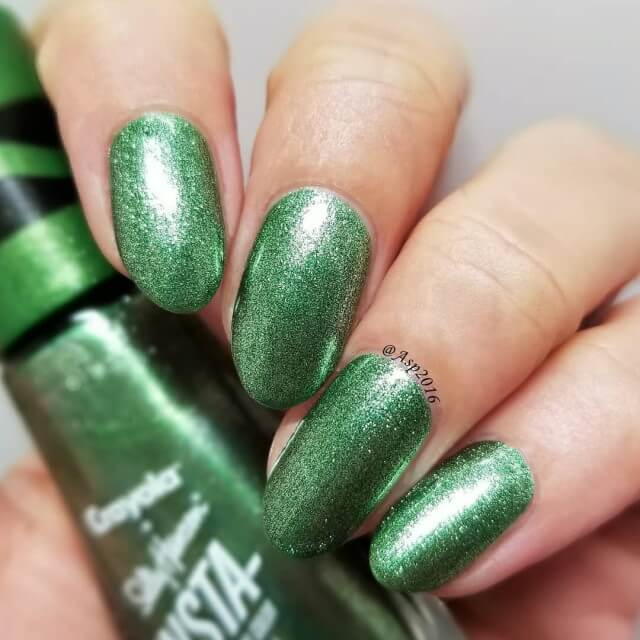 Metallic Green Glittery Nail Manicure for Earth Day