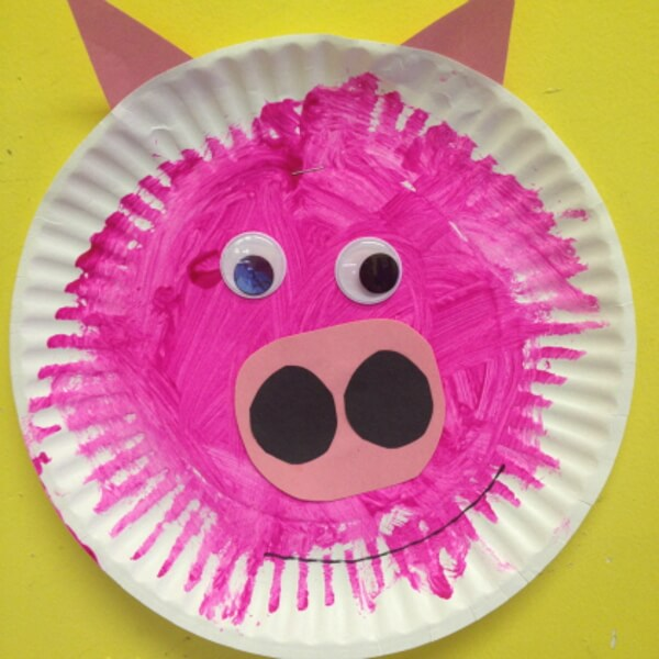 Easy to make Paper Plate Pig Craft